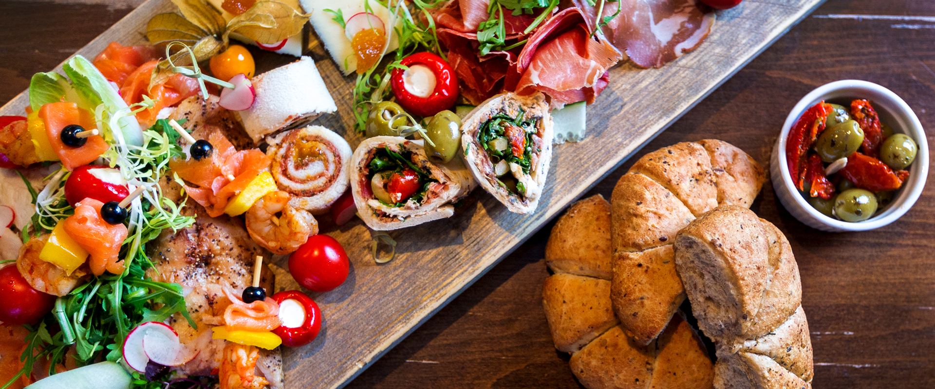 Broodje van de lunchservice